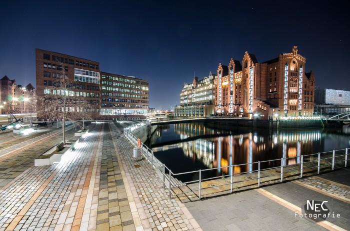 HafenCity in Hamburg bei Nacht