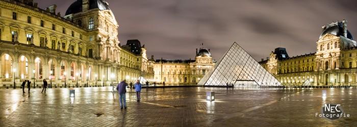 Panorama Paris Louvre bei Nacht
