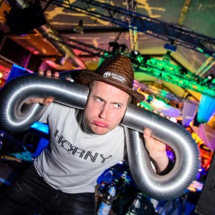 DJs Hornyshakerz im Vamos in Lüneburg