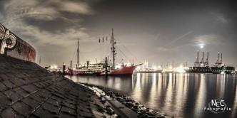 Övelgönne Museumshafen Hamburg bei Nacht, Elbe 3 Museumsschiff