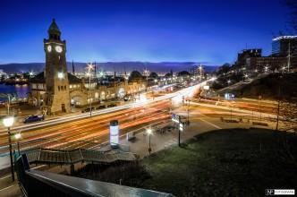 Landungsbrücken Ampel Kreuzung Nacht